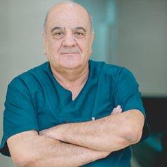 Valeh Qurbanov - Həkim Artroloq-Revmatoloq