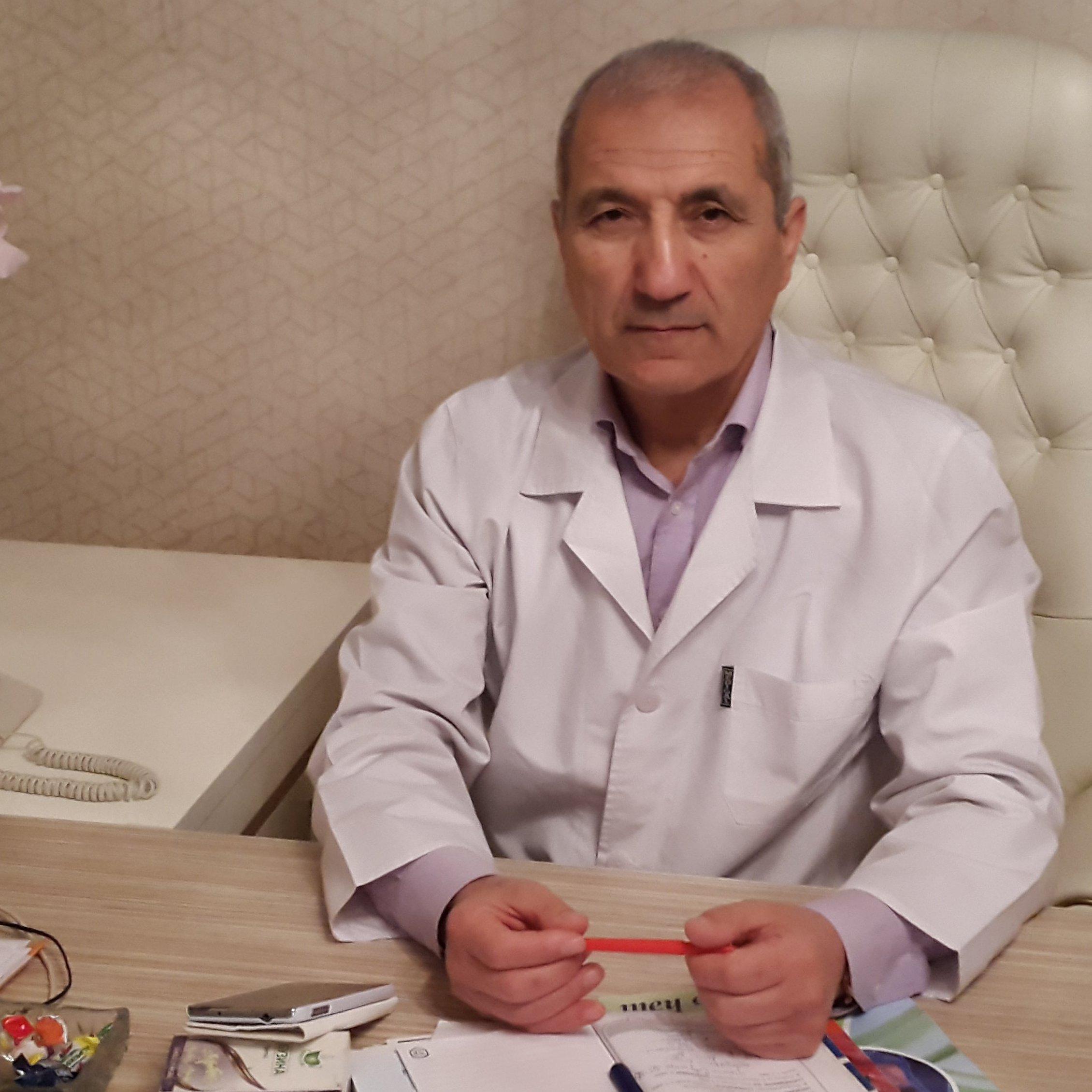 Paşa Rəcəbli Qastroenteroloq