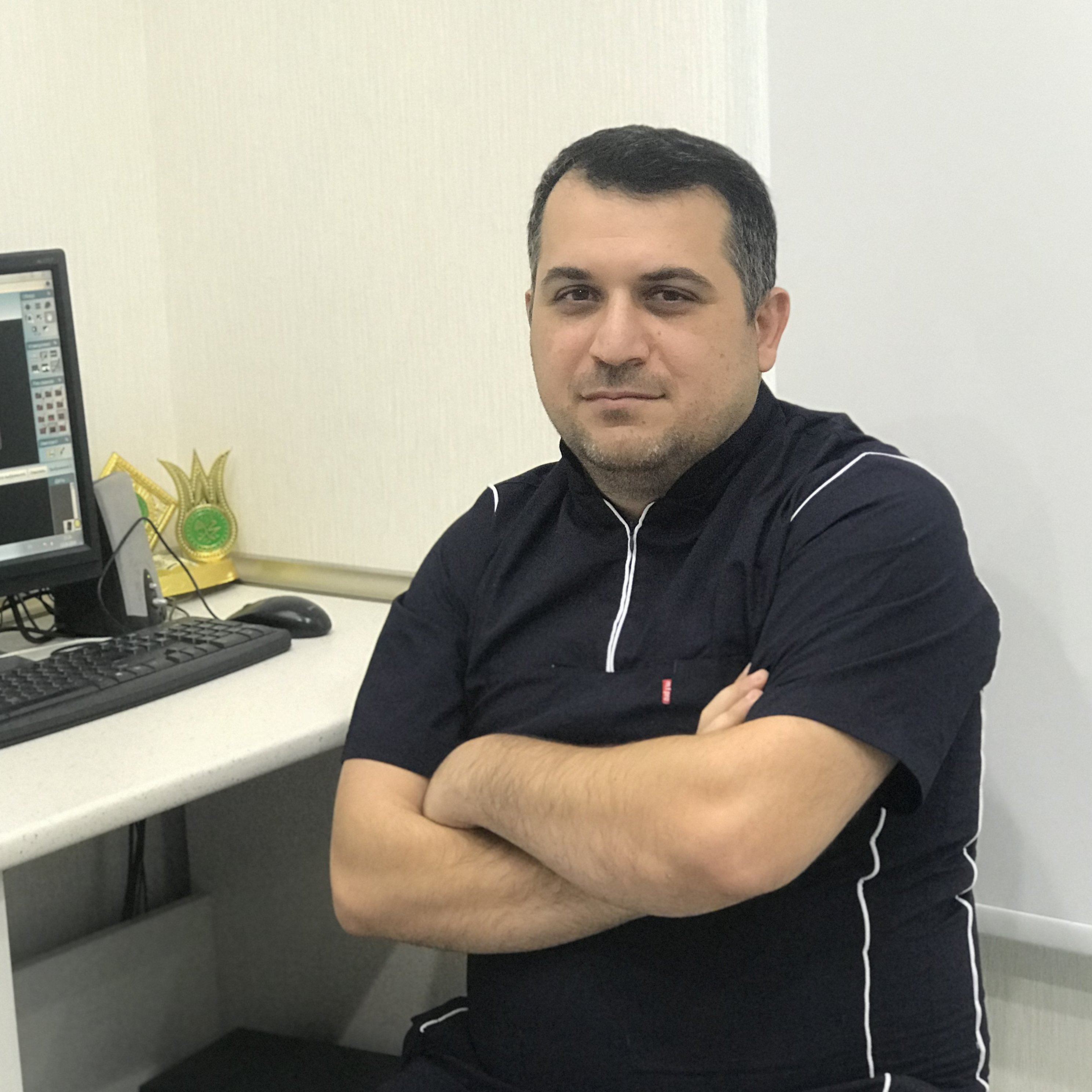 İlkin Qurbanov Stomatoloq