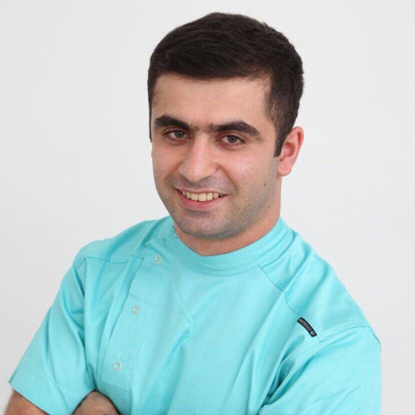 Murad Hacızadə - Stomatoloq