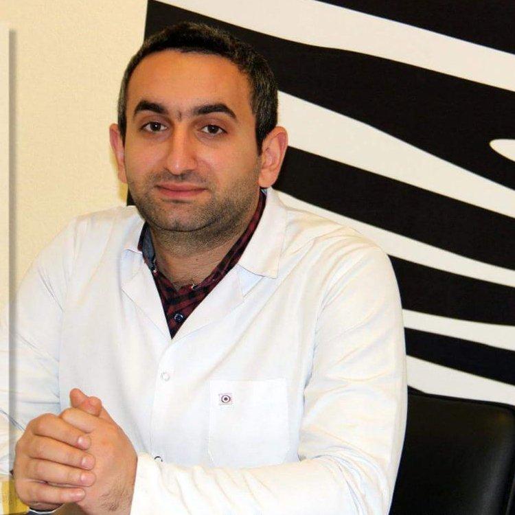 Bextiyar Mustafayev Psixiatr